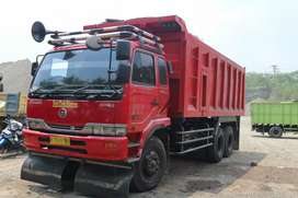 Di jual dump truck siap pakai ISTIMEWA