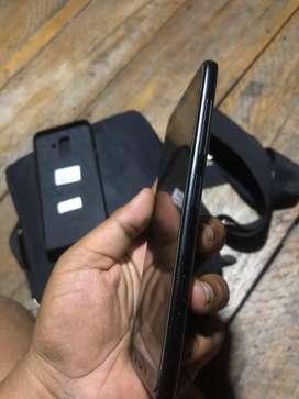 Samsung J8 istimewa