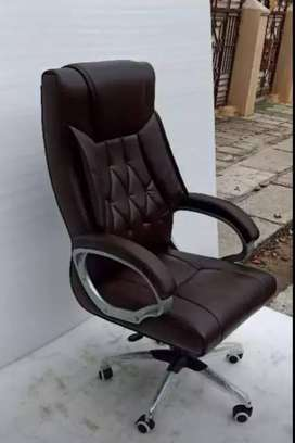 Black Color Office Chair for sale
