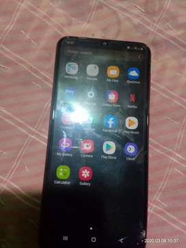 Sm A20 very good condition sell quickly lena hai to msg karo