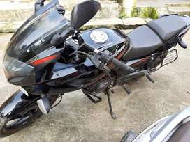 pulsur 220 bajaj with very good condition
