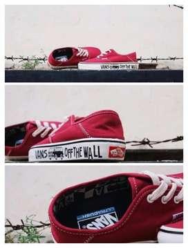 Sepatu cewek Vans ORI merah