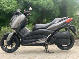 CASH CREDIT jual moge matic yamaha xmax 250 cc 2017 abs low km
