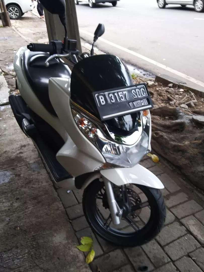 Honda PCX Tahun 2011 build up 0