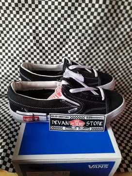 Sepatu Vans Slip on Cut & Paste Black White