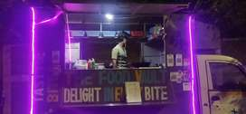 Food van maximo well maintained with steel counter