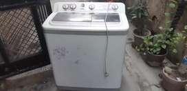 Washing machine kelvinator fully working