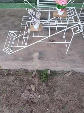 Rak pot bunga 3 rak (model tangga)