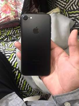 Iphone 7  128gb in lush condition