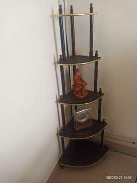 Home decor corner stand - 2pc for sale 500 rs each