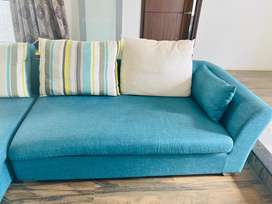 L shaped sofa in very good condition, brand Balini