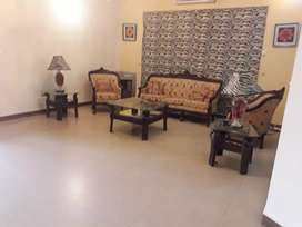 1 Kanal 3 bed Furnished Lower Portion With Basement For Rent