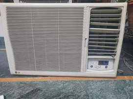 Clearance sale Window AC (LG) + stablizer  in a very good condition