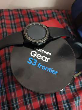 Samsung galaxy S3 Gear Frontier watch