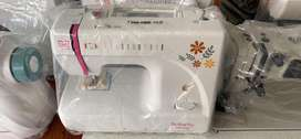 Mesin jahit portable butterfly 8190a