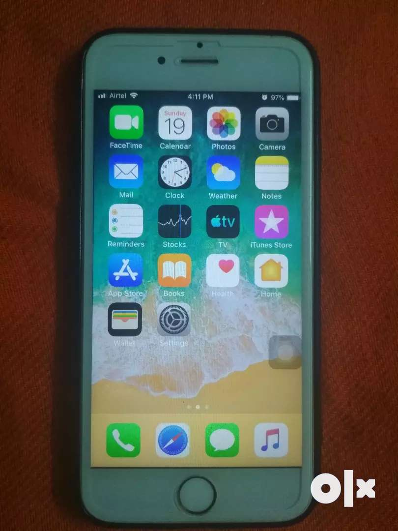 Iphone 6s 64 gb good condition 14 month  old 0