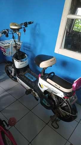 Bismillah Jual sepeda listrik Selis.