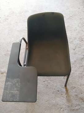 Plastic student chair with writing pad (blue)