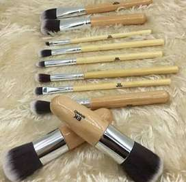 Ten brushes set