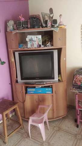 Sell tv and showcase