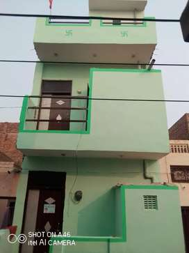 A beautiful house for sale there is 2 Room kitchen bathroom