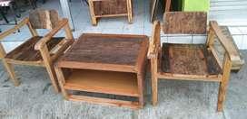 Furniture kayu antik