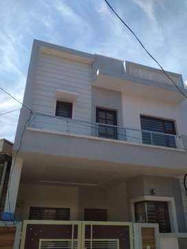 house of 100 gajj fully furnished