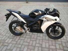 good bike cbr 150cc only 14500 km chali hai