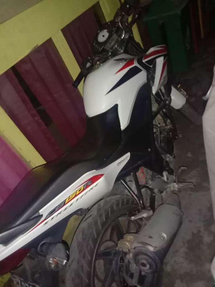 Jual motor CB150R