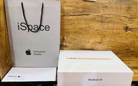 Apple Macbook Air 2020 brand new open box full warranty