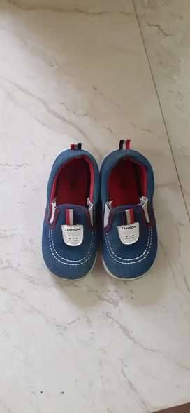 Shoes and sandals rarely used 3-4 years boys