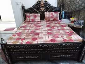 Home furniture Bed with side table , showcase, Drassing tabil