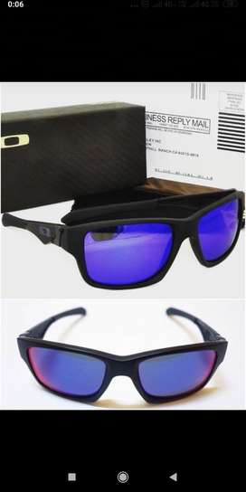 OAKLEY BOX PACKED SUNGLASSES CASH ON DELIVERY PRICE NEGOTIABLE HURRY..