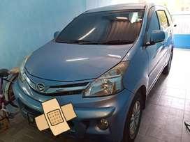 Daihatsu Xenia R Deluxe 2012