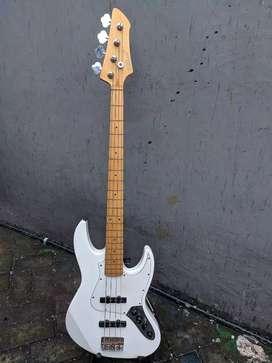 Gitar bass wildwood original mii 4string