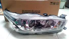 Head lamp yaris th 2015 ( kanan )