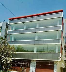 Prime location Shop available in Mansa Ram park