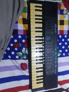 Piano for sale 0311_5_1_2_6_1_0_2 call and WhatsApp  kr ly