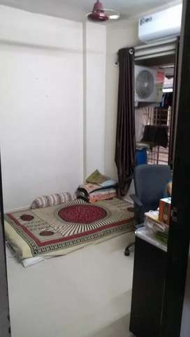 1BHK ready to move flat