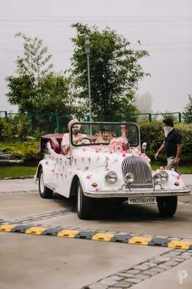 Wedding replica vintage car