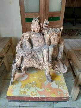 Patung kayu ukir oriental