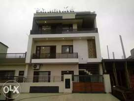 2nd Floor FOR SALE PARK FACING
