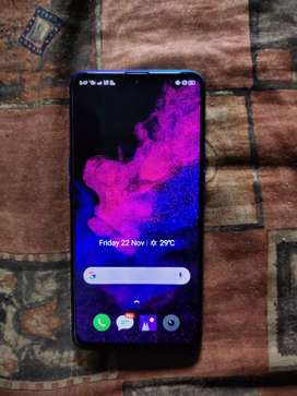 REALME XT 6-RAM/64-ROM  64MP QUARD CAMERA CURRENT RS-17000