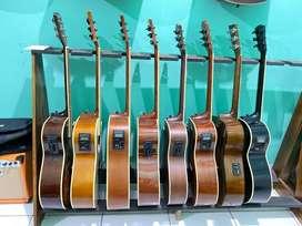 Gitar akustik elektrik banyak pilihan