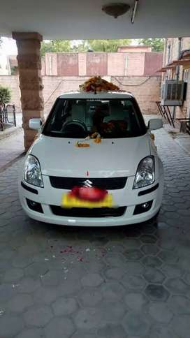 Taxi number gadi h Document sabhi complete h