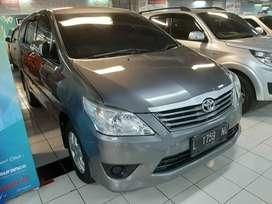 Toyota Kijang Innova 2.0 E 2012 Manual Bensin Grey Mobil Keluarga