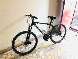 NEW SPORTS BICYCLE WITH NEW TYRES AND WITH BOTTLE HOLDER
