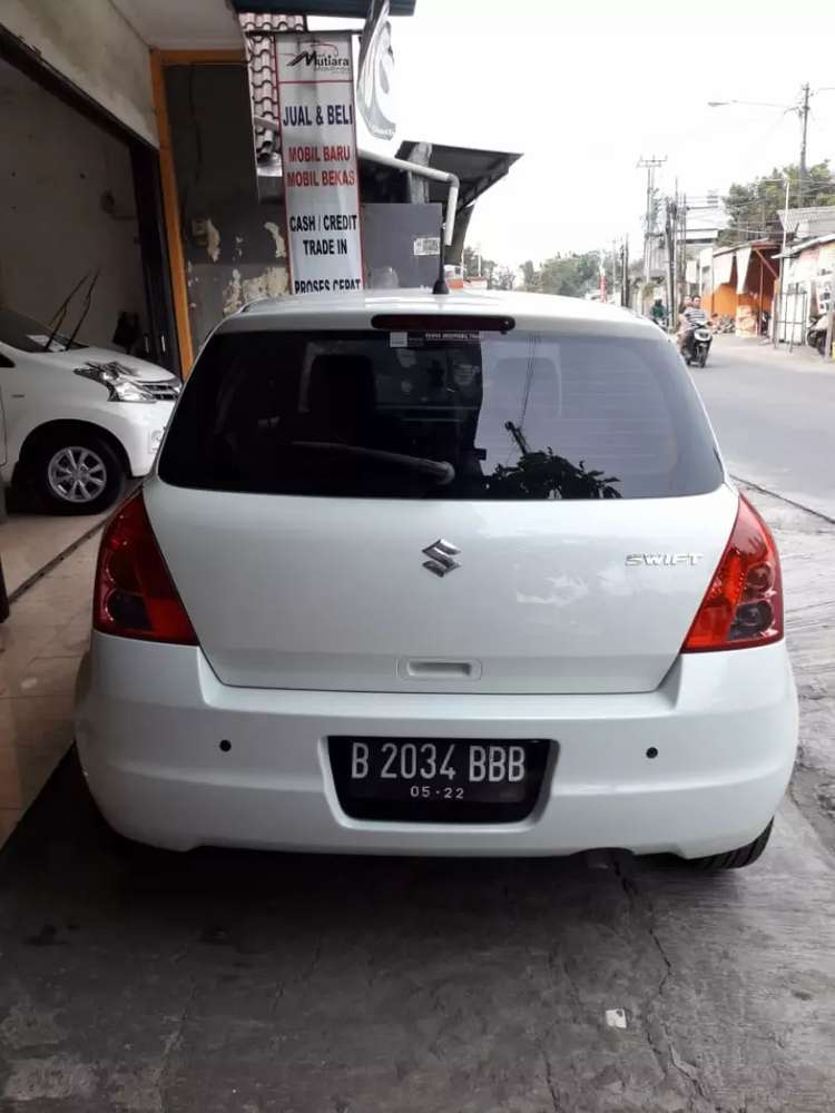 Suzuki Swift At at 2012 TDP 10jt ngilu  Bekasi Kota