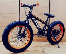 Kids fat tyre cycle
