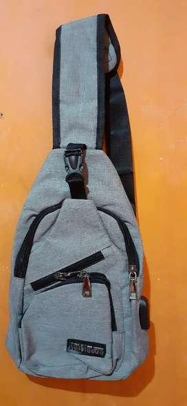 Tas selempang bobo sling bag